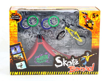 Podstrunnica rower na palec rower + runway oryginalność intelektualna mini zabawki Tech Skateboard Stunt Ramp Deck site kids gift tanie i dobre opinie NoEnName_Null Z tworzywa sztucznego 11*7cm Finger rowery 12-15 lat Dorośli 5-7 lat 8-11 lat