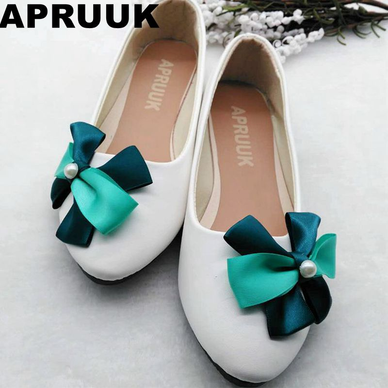 White wedding shoes woman sweet handmade satin green bow flat heel brides  shoes lady female bridesmaid flats custom made-in Women s Flats from Shoes  on ... 30589d9ac165