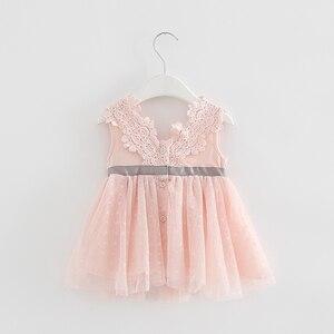 Image 2 - Varejo verão recém nascido com decote em v laço princesa vestido infantil bebê meninas vestido mel roupas de bebê vestido de bebê