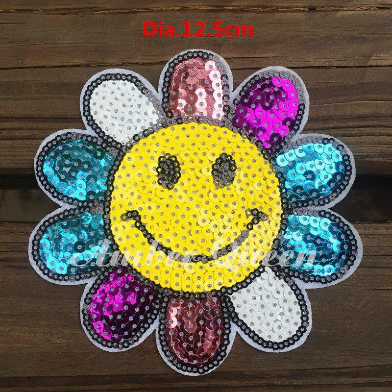 Iron-on100 % Bordados de Flores Lantejoulas Patch Patches de DIY Manual Floral Girassol Colorido Felicidade Sorriso T-Shirt Decoração