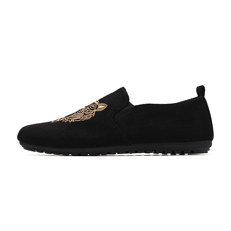 2018 New Fashion Summer Style Soft Moccasins Men Loafers High Quality Flock Soft Surface Shoes Men Flats Gommino Driving Shoes