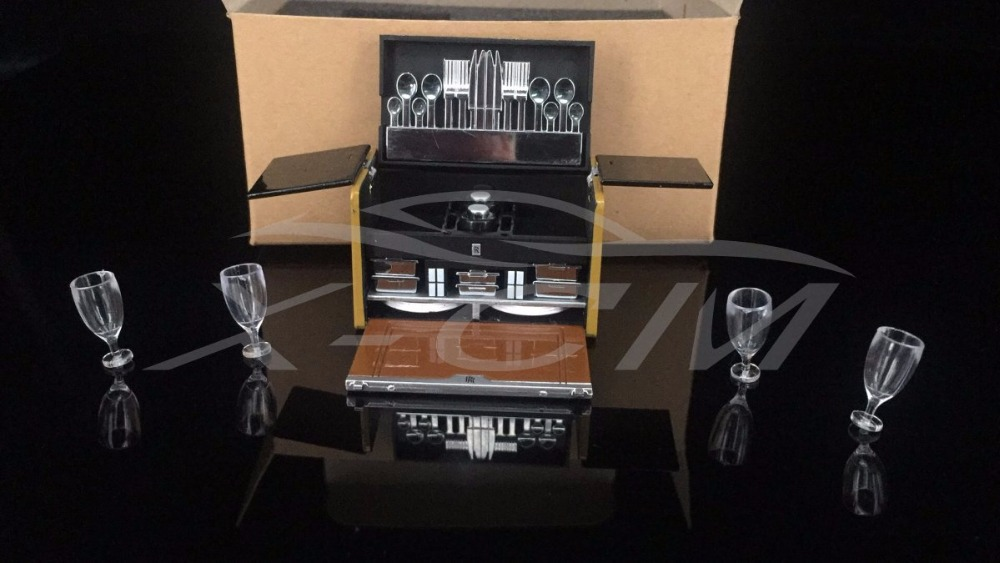 Car Model Parts Set Wine Case Suitcase 1 18 SMALL GIFT