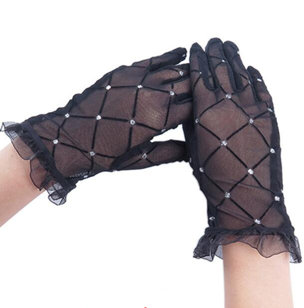 Women's Spring Summer Thin Black Lace Gloves Female Summer Sunscreen Diamonds Lace Driving Glove R1239