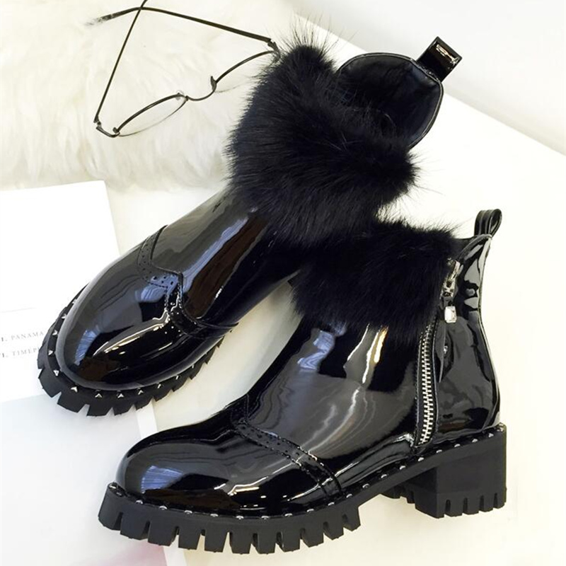 Womens Comfort Pu Patent Leather Martin Ankle Boots Low Thick Square Heel Wing Tip Brogue Designer Shoes