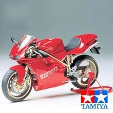 Assembling Motorcycle Model Tamiya 14068 Ducati 916 1/12(China)