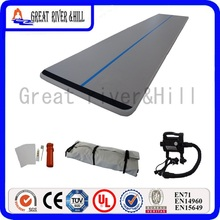 20ft cheap inflatable air training track float mat on water safety sports mat for gym with free pump for sale 6m x 1.8m