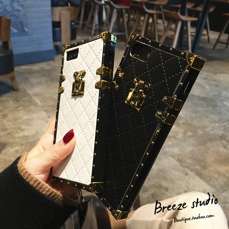 SZYHOME Phone Cases for iphone X 6 6s 7 8 Plus Vintage Luxury PU Leather Fashion Square Lattice Phone Back Cover Accessories