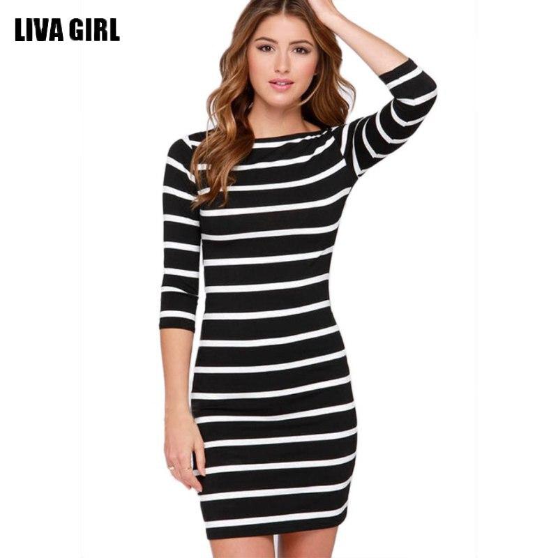 2017 tavaszi őszi nők kerek nyak divat fekete-fehér csíkos hosszú ujjú egyenes alkalmi ruha Vestido