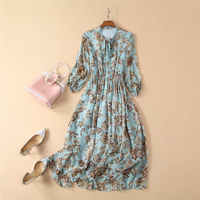 New Summer Dress 2019 Women Fashion Runway Designer Bow Collar Floral Print Vintage Mid Calf Chiffon Dress Holiday Beach Vestido-in Dresses from Women's Clothing    3