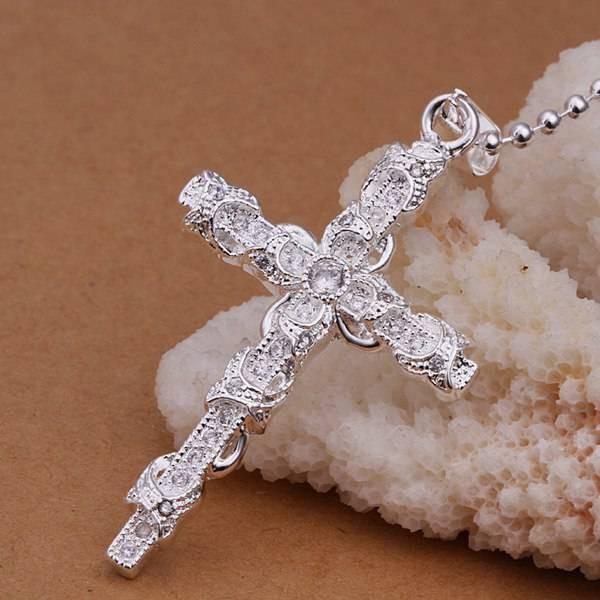 6d381d2f28a5 Venta al por mayor fina plata plateada collar de la cadena de joyería de  moda Cruz del rhinestone collares y colgantes mujeres collar SN359