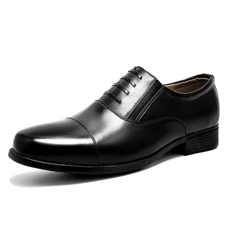Kevään ja kesän sandaalit kengät käyttämättömät virkamiehet - Miesten kengät