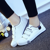 Magic Spring Summer Sports Sohes Manl Leisure Student Couples Of White Shoes Men Shoes Canvas Shoes