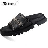 Тапочки из натуральной кожи Для мужчин Британский ретро универсальные теплые кроссовки Для мужчин вьетнамки повседневная обувь пляжный от