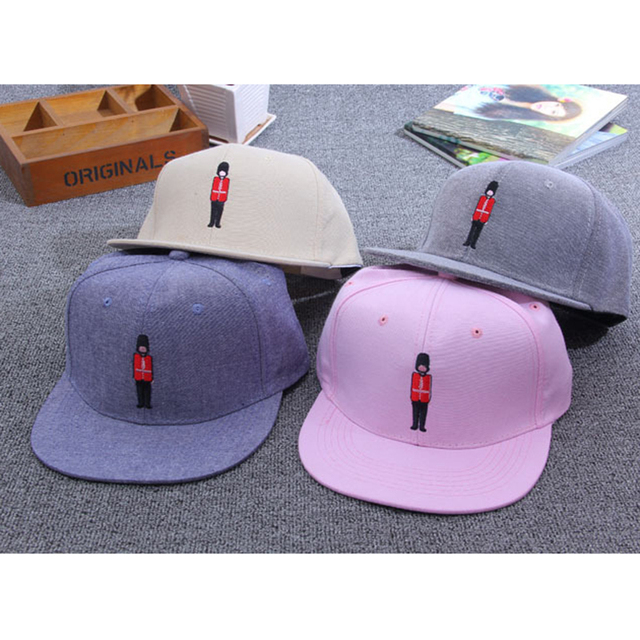 2016 Summer Cap British guard mens hats and caps Mcasquette chapeu sports  Baseball Caps Anti-Sun Hat Men and Women Snapbacks 0553b8dd654