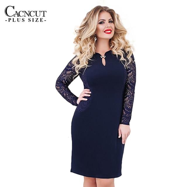Vestido de renda azul plus size