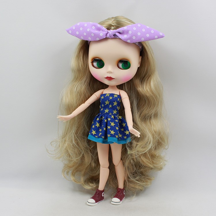 Neo Blythe Doll with Blonde Hair, White Skin, Matte Face & Jointed Body 6
