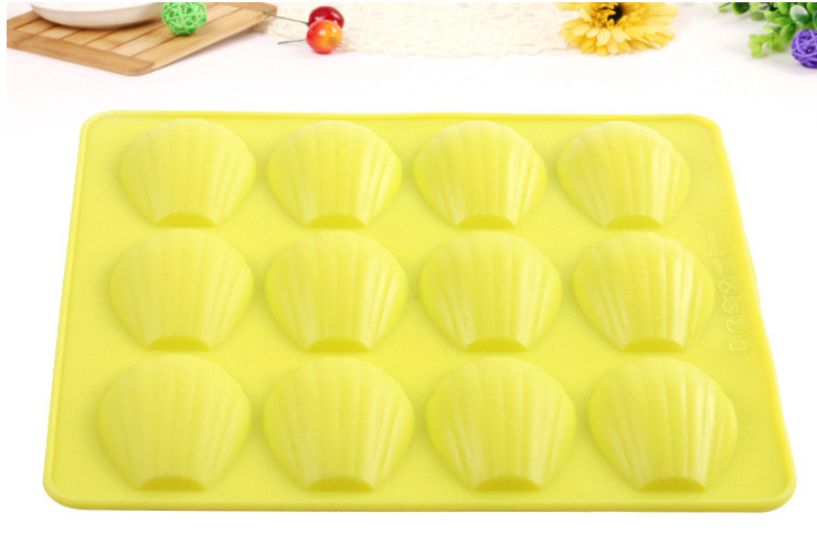 DIY 12 Cavity Silicone Cake Pan Bakeware Baking Tools Shell Shape Silicone Madeleine Cookie Mold Biscuit Mold Cookie Cutter