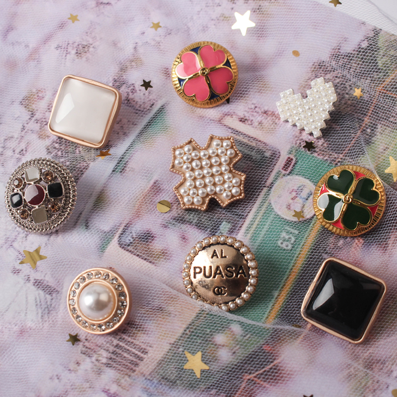 1lot=5pcs Golden Handmade Accessories Metal Buttons Decorate Sewing Blazer Sweaters  Crafts Handwork Clothing