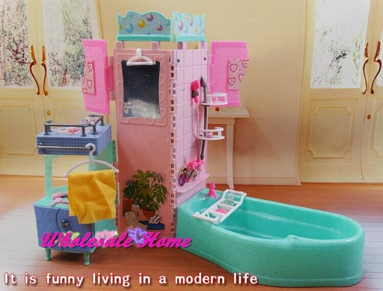 Vasca Da Bagno Barbie : Lotto barbie mattel scooter vespa tavolo sgabello vasca da bagno