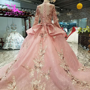 Image 4 - AIJINGYU Kanten Jurk Wedding Real Prijs Spaans Romantische Bridal Middeleeuwse Boho Vintage Gown Met Cape Zijde Trouwjurken