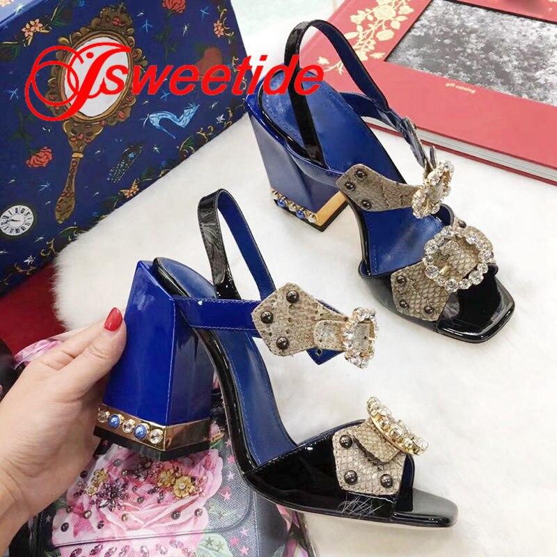새로운 엿봄 발가락 특허 가죽 하이힐 샌들 패션 디자인 하이힐 신발 정품 가죽 라인 석 럭셔리 브랜드 샌들-에서하이힐부터 신발 의  그룹 3