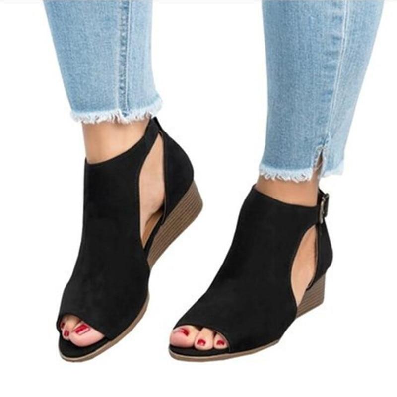 405a0adba ELGEER 2018 женщина клин пряжками открытый носок сандалии женские сандалии- гладиаторы на среднем каблуке сандалии женские летние туфли с открыт.