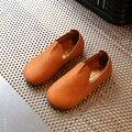 Niños shoes niños cada vez mayor zapatillas de deporte 2017 nueva primavera sólido de cuero chicas casual shoes soft realizar girls individual shoes tamaño 26-30