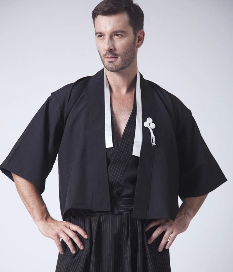 Купить с кэшбэком Black Classic Japanese Samurai Clothing Men's Warrior Kimono With Obi Traditional Yukata Haori Halloween Costume One Size B-067