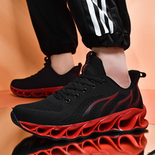 Super Cool Mens Best Running Shoes Luxury Brand Athletic Sneakers For Men Rubber Sole Gym Outdoor Shoes Men Summer Man Sneakers