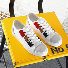 2017 new Spring lace small white shoes Korean flat Breathable canvas shoes women sport shoes wild Outdoor comfort Sneakers