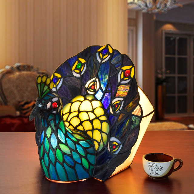 European Creative Stained Glass Peacock Decorative Desk Lamps Southeast Asian Dining Room Bar Bedroom