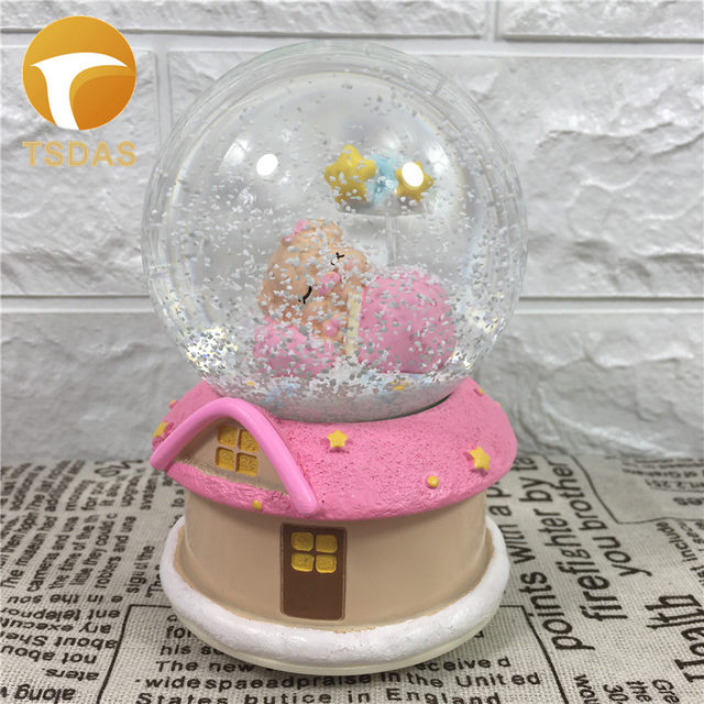 Online shop novelty music box christmas day gifts cute pig novelty music box christmas day gifts cute pig crystals balls gift ideas quality home office decor negle Gallery