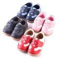 SandQ детские Мальчики кроссовки футбольных обувь девушки кроссовки Дети кожаные ботинки розовый красный черный синий натуральной кожи гибкая подошва