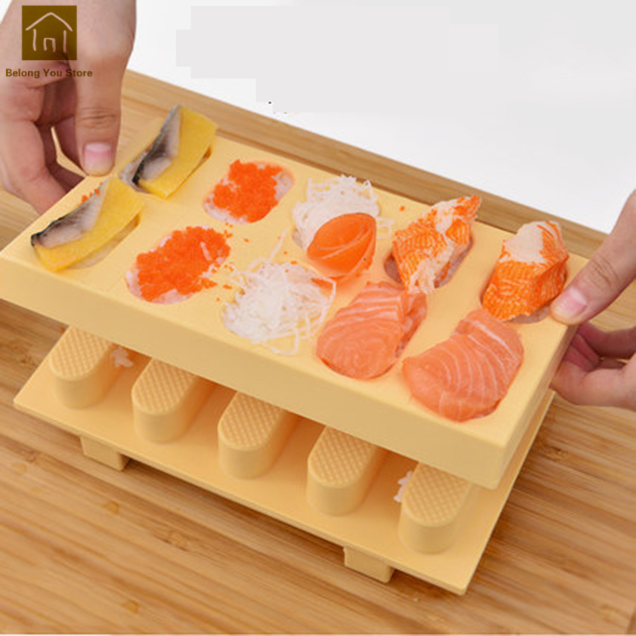 Cute Rice Sushi Mold Plastic DIY Set Machine Sushi Molds Making Kit Maker Mold Ferramentas Tools Kitchen Accessories WKG054
