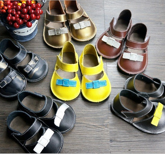 High quality Genuine Cow Leather Baby Moccasins Lave Up Shoes Boys Girls Soft First Walkers 100% Handmade Shoes 6 colors