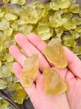 100g  natural 100% yellow crystal rough gemstones and minerals healing stones of raw