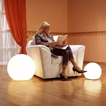 Ã�ッグサイズ白いプラスチック16色変更リモコンledライトボール屋外40センチVC-B400