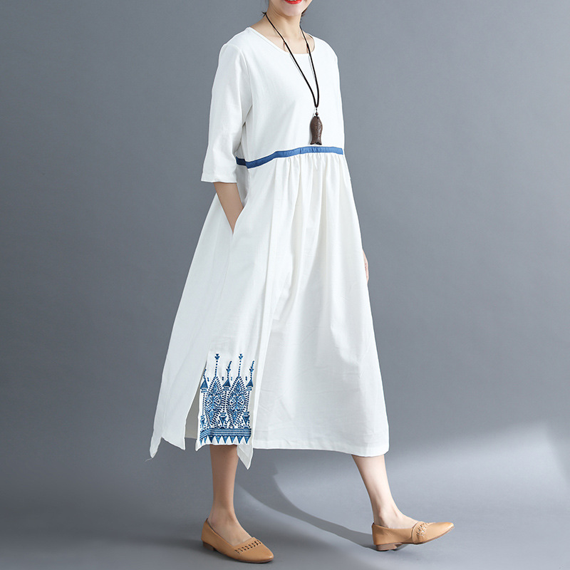 2019 New Summer Woman National Style Half Sleeve O-neck Solid White Vintage Embroidery Long Dress Cotton Linen Loose Maxi Dress