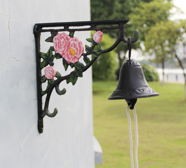 Cast Iron Dinner Bell Peony Flower Welcome Hanging Bell Western Farm Ranch Patio Garden Gate Yard Door Bell Outside Decoration