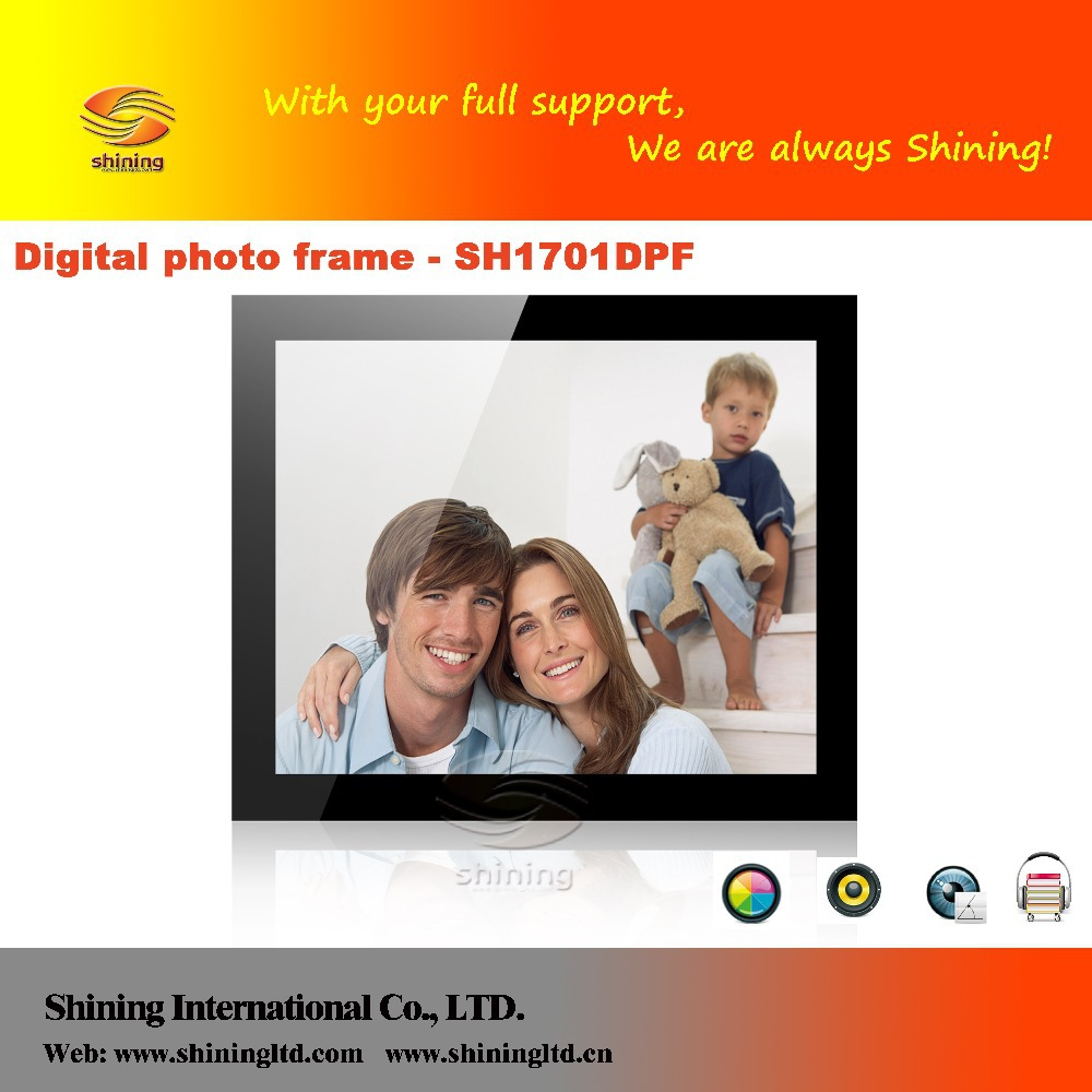 17 Inch Battery Operated Digital Photo Frame With Led Backlight On