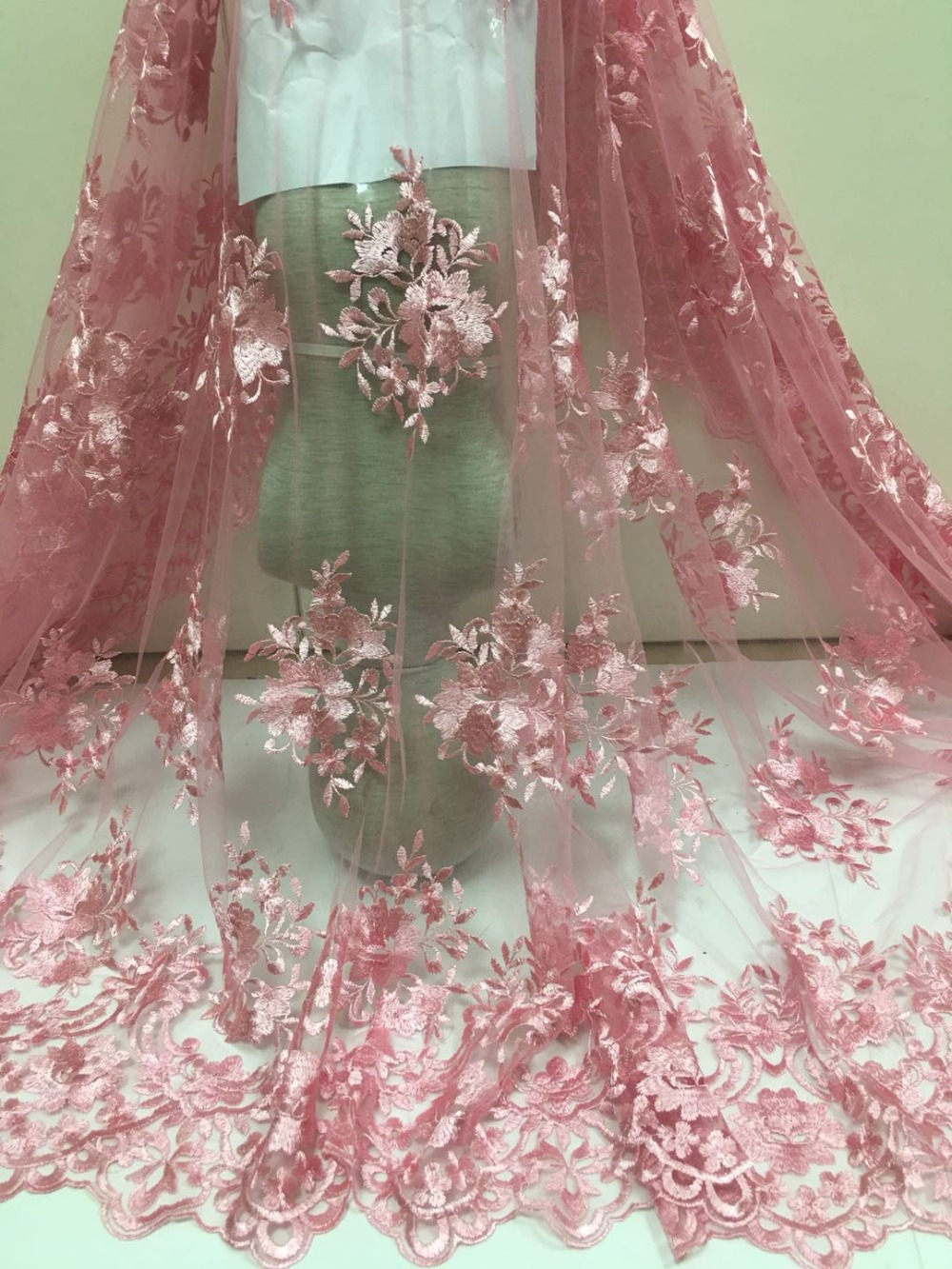 5 yards 결혼식을위한 로얄 블루 프랑스 그물 레이스 레이스 원단, 웨딩 드레스 용 고품질 아프리카 레이스 원단, 무료 배송-에서레이스부터 홈 & 가든 의  그룹 3