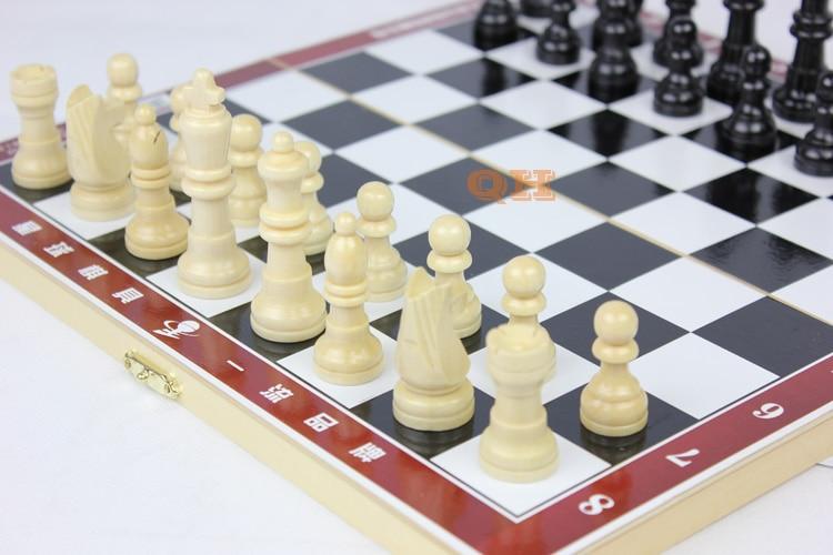 Φυσικό ξύλινο σκάκι μικρό / μεσαίο / - Ψυχαγωγία - Φωτογραφία 3