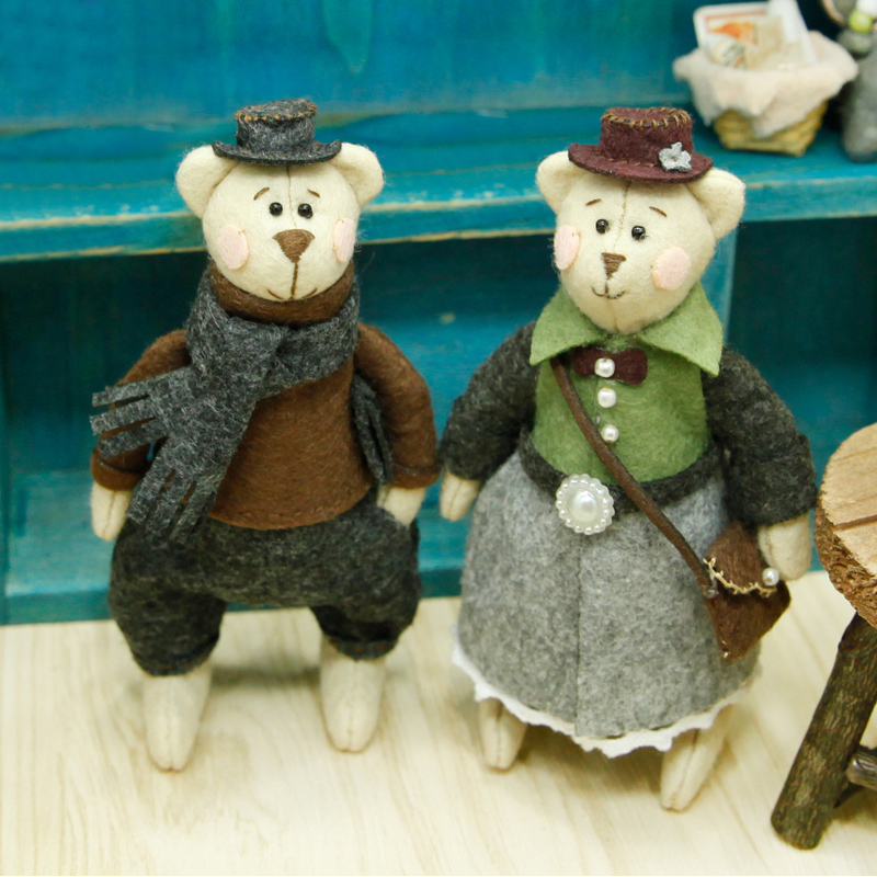 Lovely Teddy Bear Families Felt Craft Kit Doll Handmade Sewing Cloth Craft Toys For kids Gifts Key Ring Pendant Felt DIY Package in DIY Package from Home Garden