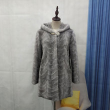 2019 new womens natural real pieces of mink fur coat hooded outerwear plus size