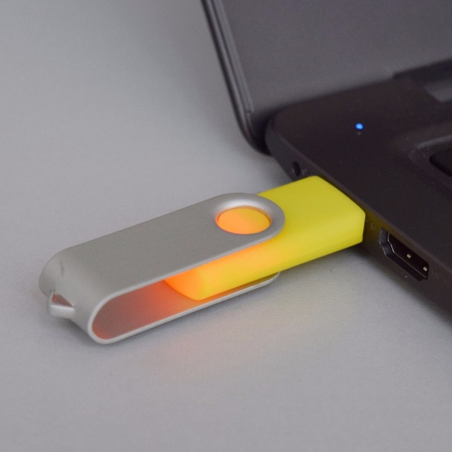 2017 Nuevos gadgets girar swivel usb 2.0 capacidad real unidad flash usb de 128 gb para mac