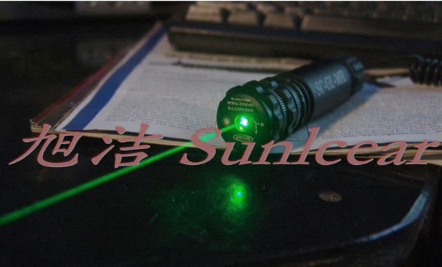 Vector Optics Starscreamr Tactical 20mW Visible Beam Gun Green Laser Sight Lazer Indicator with Weaver Mount Ring Free Shipping