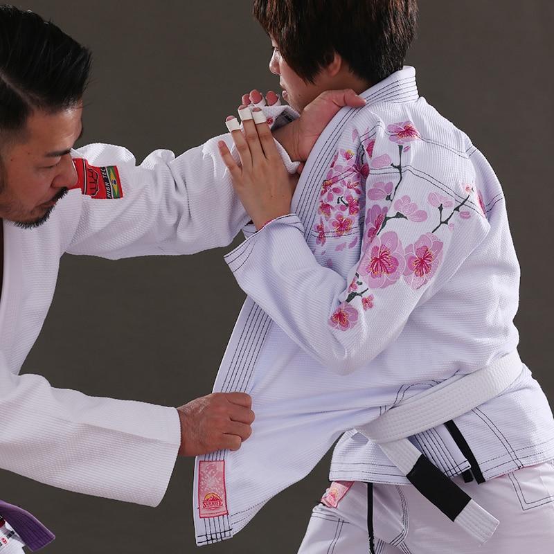 New Sunrise Release Ultra Light BJJ Gi Cherry blossoms embroidery Women's Jiu Jitsu Gi with Bamboo Fabric BJJ Kimonos for Lady цена