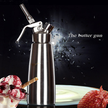 0.5L/1L Professional Stainless steel Whipped Cream Dispenser with 3 Nozzles, Cleaning Brush Kitchen Dessert Tools Cream Whipper