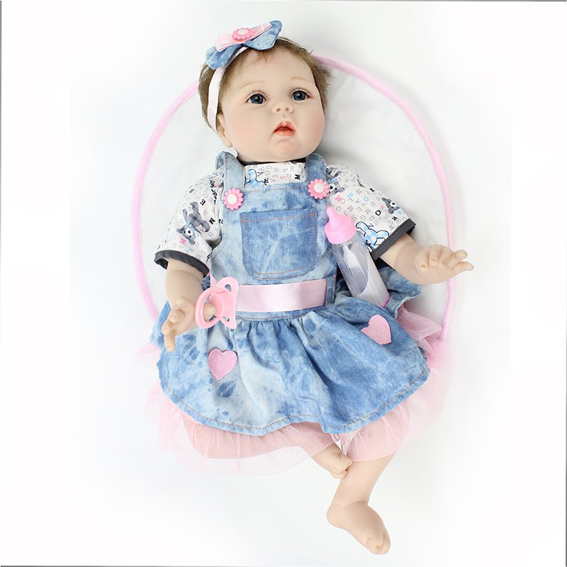 New Style soft  Baby doll Gift  22 Inch Silicone Baby Dolls Realistic Doll Reborn Gift For Children Play House Toys With Dress