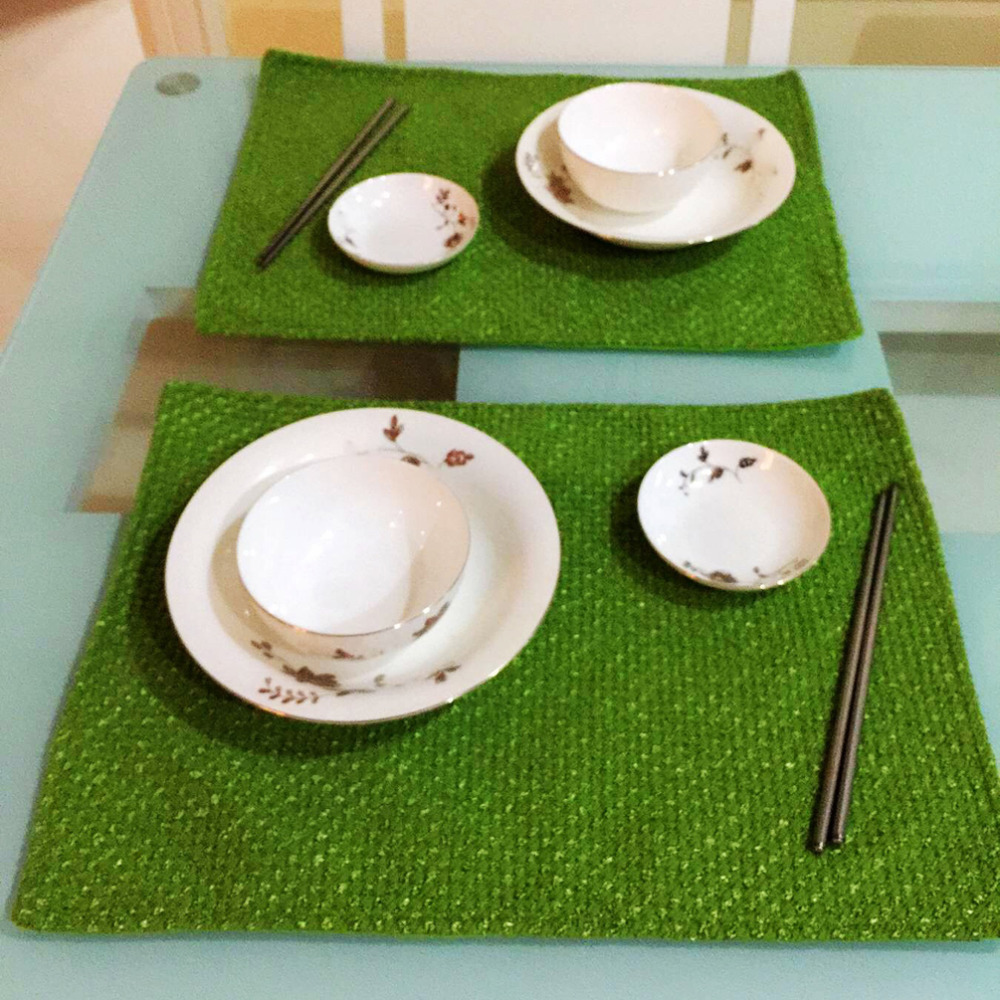 10 Pcs / Lot Fashion Christmas Placemat for Dining Table Green & Red table Mats & Pads Christmas Decorations for ome 2017 2016